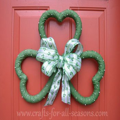 unique shamrock wreath